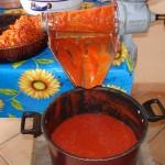 Salsa_passata di pomodoro fresco fatto in casa